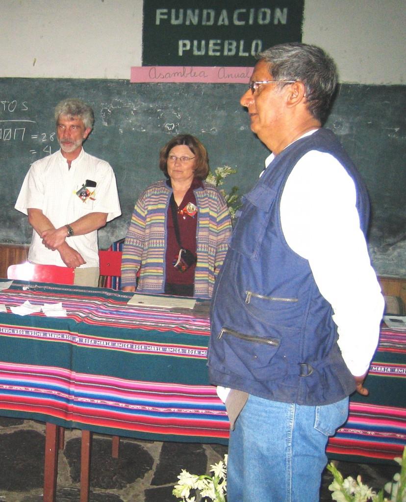 Der Gesamtvorstand der Stiftung bei der Vollversammlung in Yanacachi