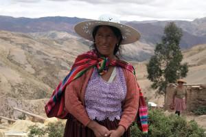 """""""In der Schülerpension als Gastmutter zu arbeiten hilft mir, meine Familie zu ernähren."""" Virginia Mitma, Gemeinde von Uyuni"""