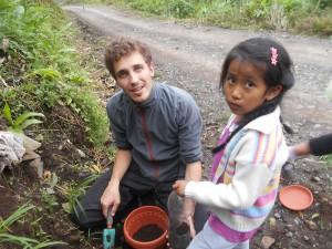 """""""Mein Auslandsdienst bei der Fundación Pueblo in Bolivien zählt zu den wichtigsten und prägendsten Erfahrungen meines Lebens."""" Lugas Egger"""